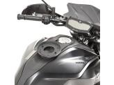 BF36 - Givi flange for Tanklock bags Yamaha MT-07 (2018 > 2019)