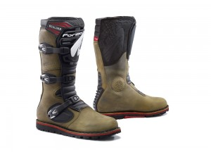 Boots Forma Trial Boulder Brown