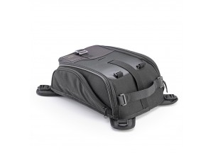 CRM103 - Givi Corium Magnetic tank bag 8 Liters