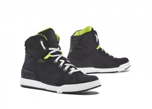 Zapatos Moto Forma Urbana Cuero Impermeable Swift Dry Negro Blanco