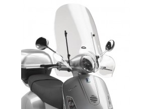 104A - Givi Windschild transparent 51,5x69,5cm Vespa LX 50-125-150 (05 > 14)
