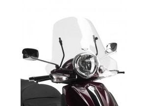 106A - Givi Windschild transparent 32x61,5cm Piaggio Beverly